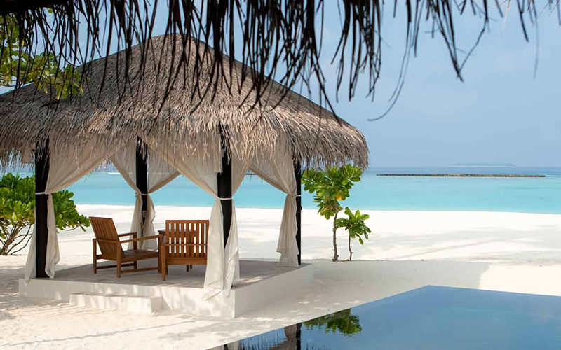https://www.leona-tour.com/wp-content/uploads/2017/07/Maldives-800x500.jpg